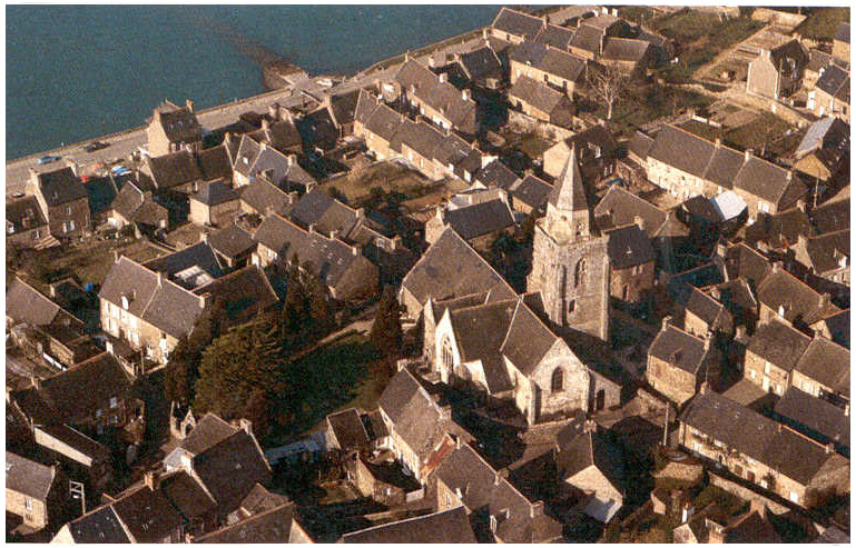bird view of Saint-Suliac
